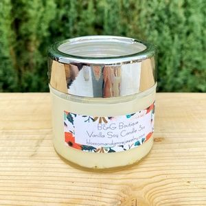 Vanilla 3oz Organic Soy Candle with Moonstone